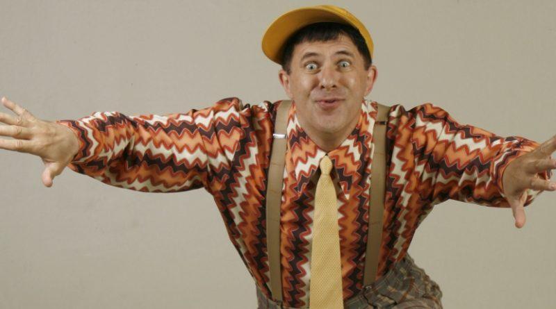 Râzi cu Doru Octavian Dumitru în Cafe Teatru Play!
