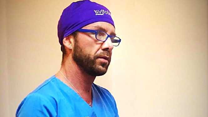 Matteo Politi, medic fals, italian