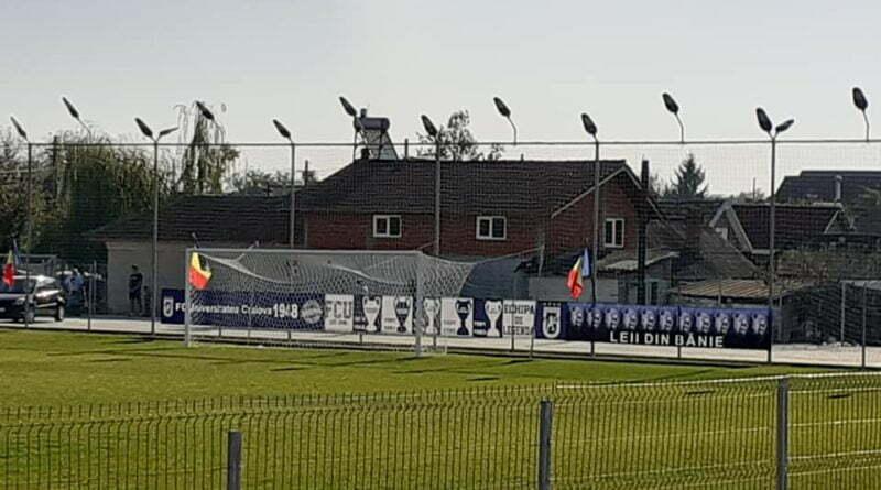 FCU Craiova a atarnat bannerele cu original la Filiasi