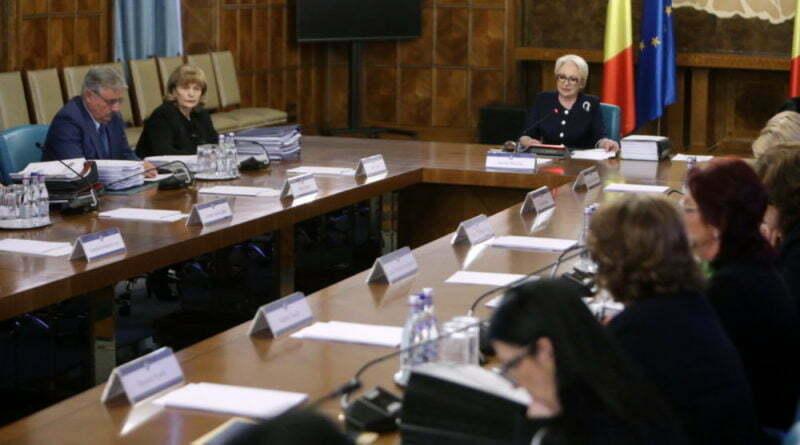 Un ministru PSD e disperat că-i rămân amantele fără job: Și ele sunt oameni!