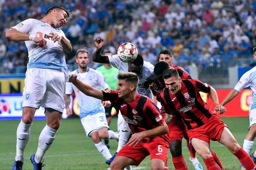 Craiova lui Pițurcă își netezește culoarul spre titlu! Lovituri crunte pentru rivali!