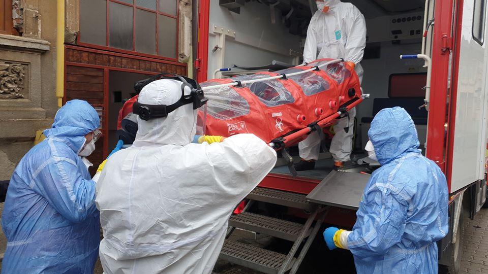 Riscă România o explozie de cazuri de coronavirus sau e o țară – pionier în lupta cu pandemia!